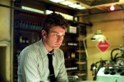 Sam Foster (Ewan McGregor) - STAY