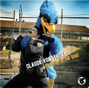 Covermotiv - Beware of the Bird
