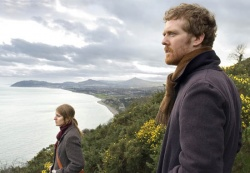 Girl (Marketa Irglova), Guy (Glen Hansard) - ONCE