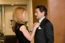 Pepper Potts (Gwyneth Paltrow) & Tony Stark (Robert Downey Jr.) - Iron Man