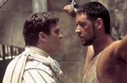 Commodus (Joaquin Phoenix), Maximus (Russell Crowe) - Gladiator