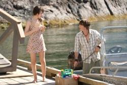 Anna (Emily Browning) und Matt (Jesse Moss) - Der Fluch der 2 Schwestern