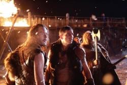Wulfric (Jack Huston) und Kainan (Jim Caviezel) - Outlander