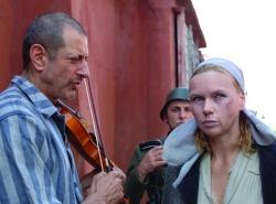 Adam Stein (Jeff Goldblum), Frau Vogel (Veronica Ferres) - Ein Leben für ein Leben - Adam Hundesohn
