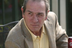Detective Dave Robicheaux (Tommy Lee Jones) - In the Electric Mist - Mord in Louisiana