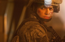 TSgt. Elena Santos (Michelle Rodriguez) (Bildmaterial: © Sony) - World Invasion: Battle Los Angeles