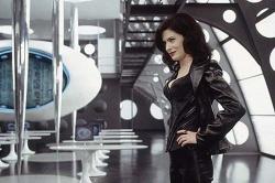 Serleena (Lara Flynn Boyle) - Men in Black 2