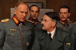 Rommel (Ulrich Tukur) beim Führer (Johannes Silberschneider) - Rommel