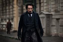 Edgar Allan Poe (John Cusack) - The Raven - Prophet des Teufels
