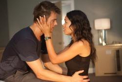Jeremy Coleman (Josh Duhamel) und Talia Durham (Rosario Dawson) - Fire with Fire