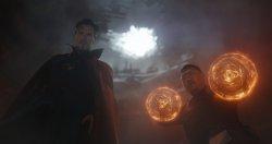 Dr. Stephen Strange (Benedict Cumberbatch) - Avengers: Infinity War