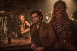 Han Solo (Alden Ehrenreich), Chewbacca (Joonas Suotamo) - Solo: A Star Wars Story