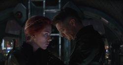 Black Widow (Scarlett Johansson), Hawkeye (Jeremy Renner) - Avengers: Endgame
